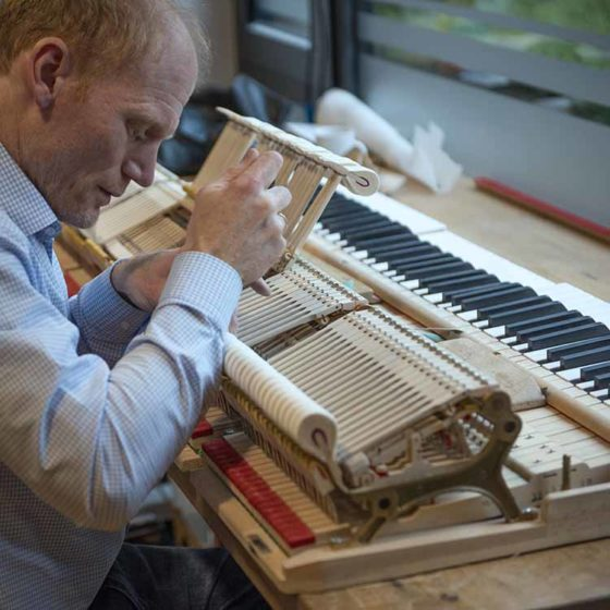 Klavierbauwerkstatt im Klavierhaus Labianca in Offenburg